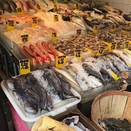 Fulton Landing Seafood Market